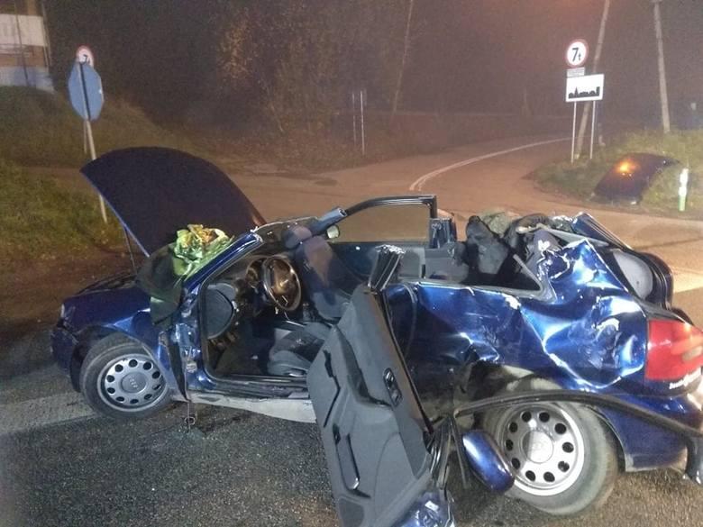 Zakopianka. Wypadek w Gaju. Nocą zderzyły się bus i pojazd osobowy. Cztery osoby ranne
