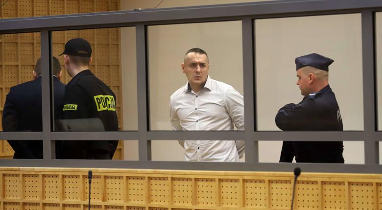 Proces odwoławczy czterech oskarżonych w sprawie słynnego skoku stulecia miał zacząć się we wtorek, 13 marca, w Sądzie Apelacyjnym w Łodzi. Nie zaczął,