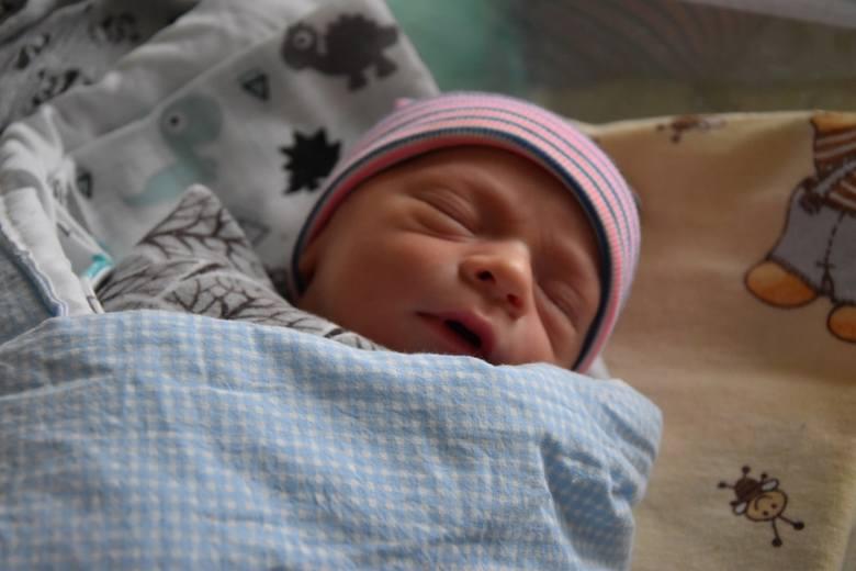 Nikt nie mógł przewidzieć, że już piętnaście minut po północy na świecie pojawi się pierwszy, urodzony w roku 2020 mieszkaniec powiatu człuchowskiego.