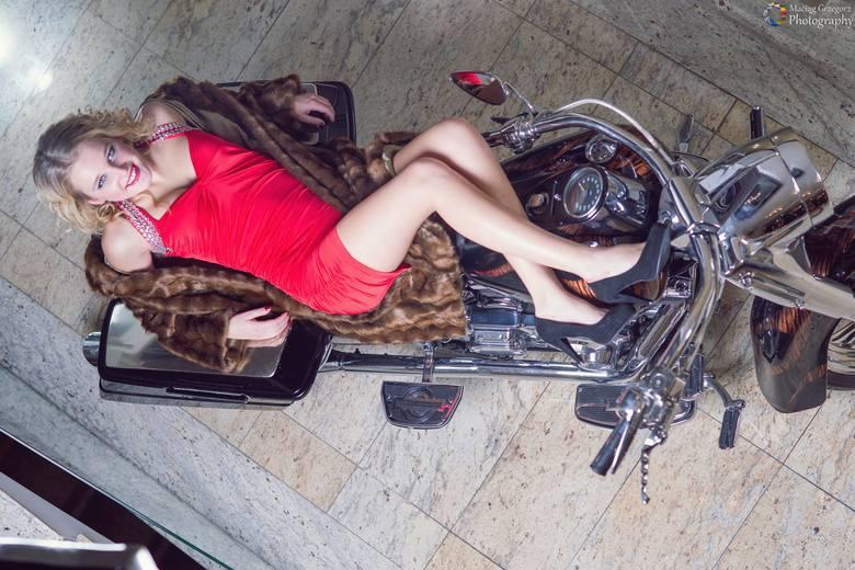 Czeszki, które biorą udział w sobotnim finale wyborów Miss Śląska i Moraw, przebywają na zgrupowaniu w Hotelu Fajkier w Lgocie Murowanej. W czwartek
