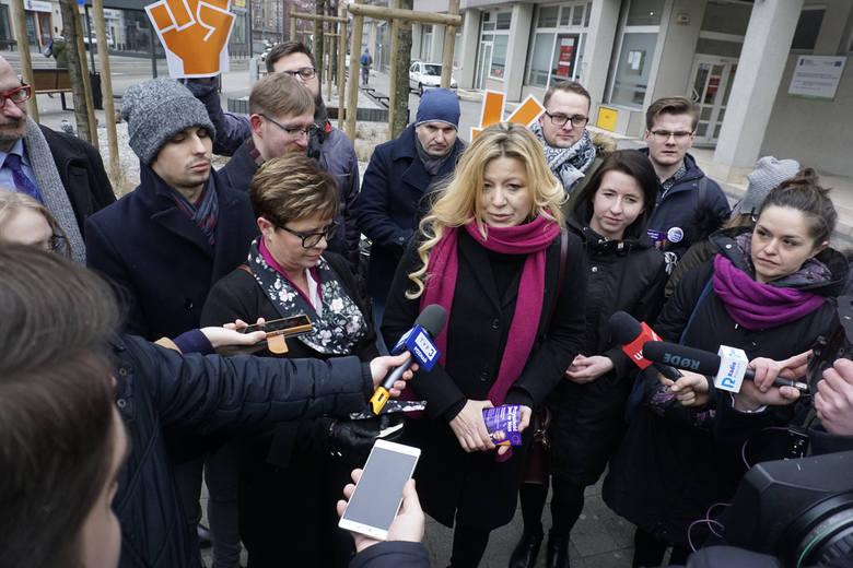 Katarzyna Ueberhan koordynuje działaniami partii w Poznaniu. Wcześniej startowała m. in. w wyborach samorządowych z list PO