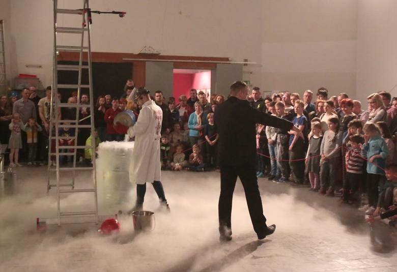 Wystawa Miasto Nauki w Szczecinie - pokazy w Muzeum Narodowym [zdjęcia]