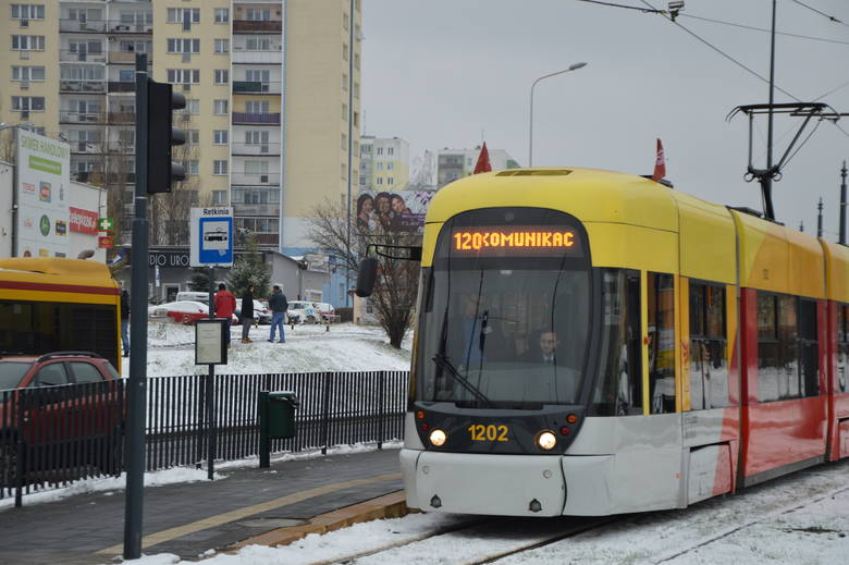 Pięć pokoleń łódzkich tramwajów wozi pasażerów od 120 lat