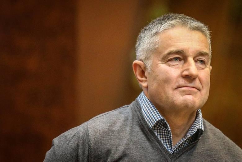 """Władysław Frasyniuk wulgarnie ze sceny atakował PiS. Krzyczał: """"Je**ć pisiora i się nie bać!"""""""