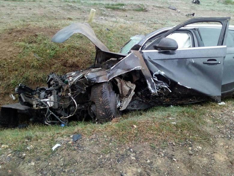 W niedzielę, około godziny 8., służby zostały wezwane do wypadku na drodze krajowej numer 63.