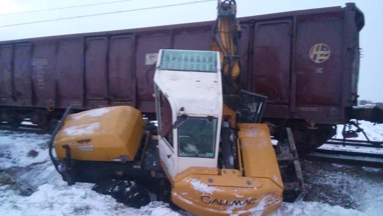 Do wypadku doszło na niestrzeżonym przejeździe kolejowym w Lipniczkach (gmina Łysomice)