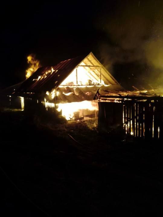 Więciórka. Spłonął budynek gospodarczy i dom. To kolejny pożar w ciągu jednej doby