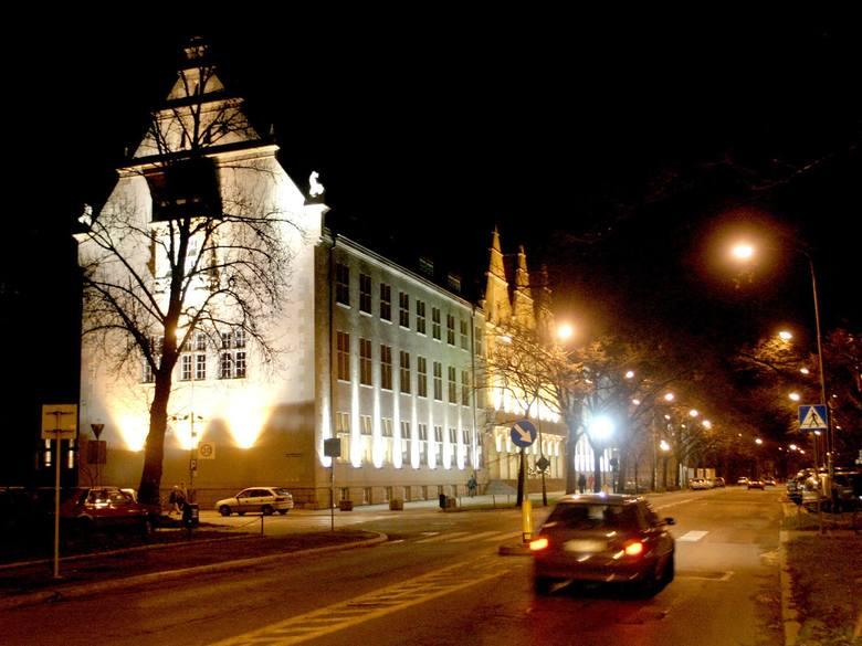 Najwięcej osób podczas ubiegłorocznej rekrutacji na Politechnice Wrocławskiej chciało studiować informatykę. Na Wydziale Informatyki i Zarządzania na