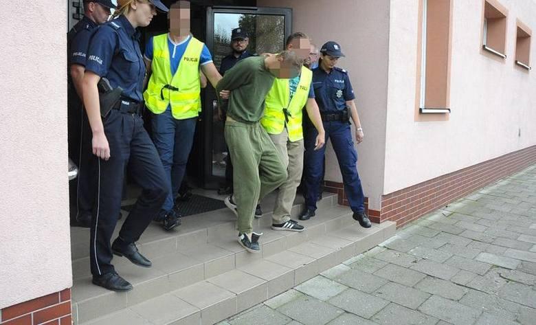 Praca ta pozwoliła na zatrzymanie w tej sprawie kolejnej osoby. To 45-letni mieszkaniec niewielkiej miejscowości w powiecie mogileńskim. Mężczyzna ten