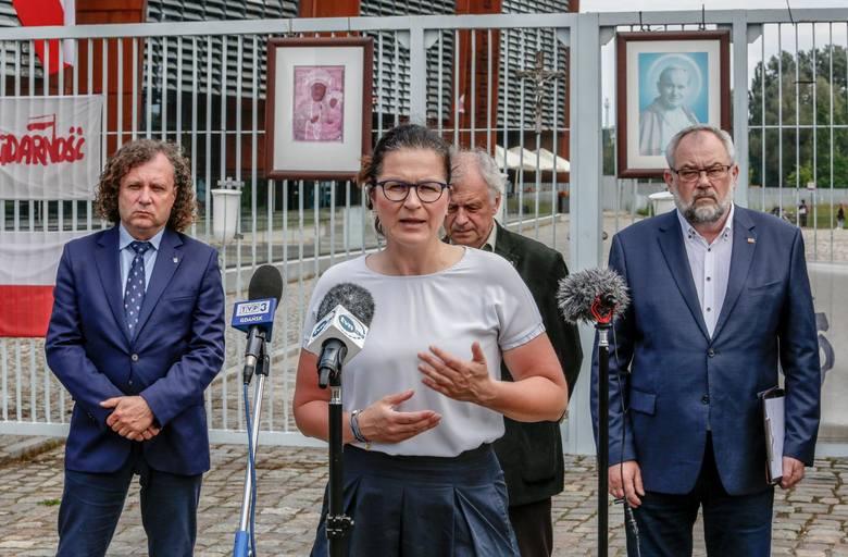 Aleksandra Dulkiewicz i Jacek Karnowski komentują wystąpienie premiera Morawieckiego w Gdańsku 21.06.2020