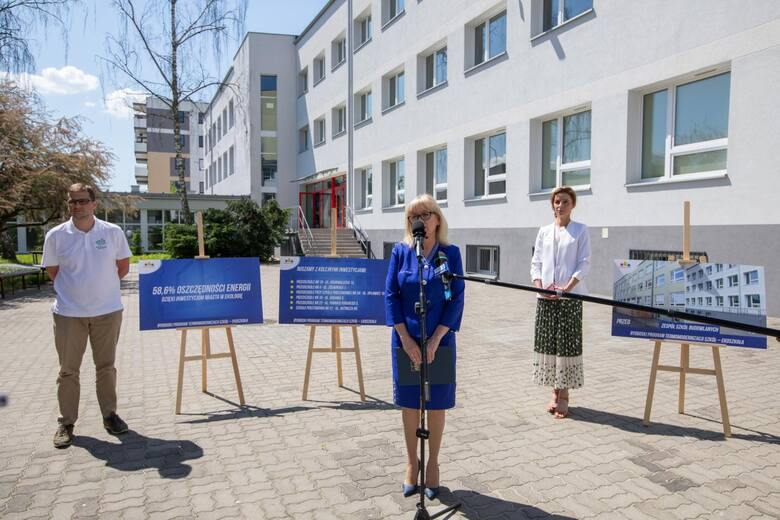 Zespół Szkół Budowlanych to jedna z 28 placówek oświatowych, która jest już po termomodernizacji. Teraz ratusz zapowiada kolejne takie inwestycje.