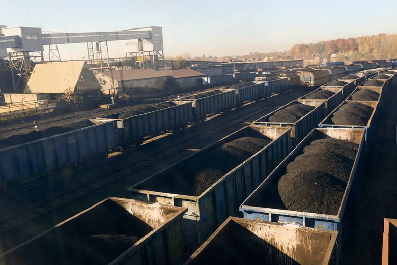 - Część tego węgla, który kupujemy, jest bez wątpienia rabowany Ukrainie i to już jest wstyd i hańba- podsumowuje prezes ZPP.