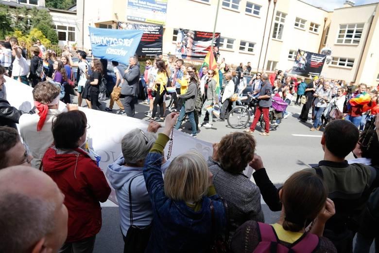 Nie wszystkim spodobał się I Marsz Równości w Rzeszowie.