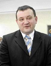 Gawłowski w swojej karierze zawodowej był już zarządcą komisarycznym w Mielnie, zastępcą burmistrza w Darłowie oraz zastępcą prezydenta Koszalina.
