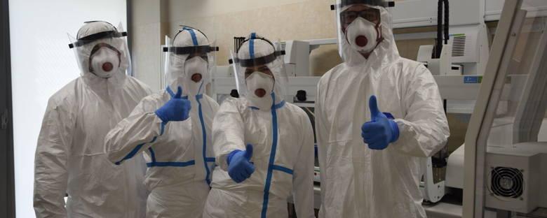 Tytani z Podzamcza! To oni w Regionalnym Centrum Naukowo - Technologicznym badają połowę próbek na koronawirusa w regionie [FILM]
