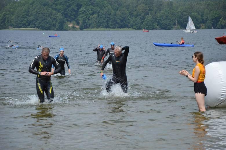 Charzykowski triathlon w upale. Zobaczcie zdjęcia