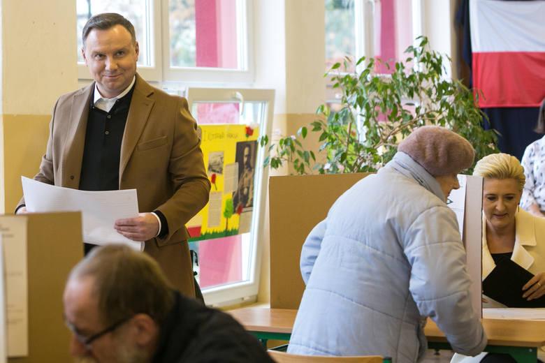 Andrzej Duda głosujący w Krakowie