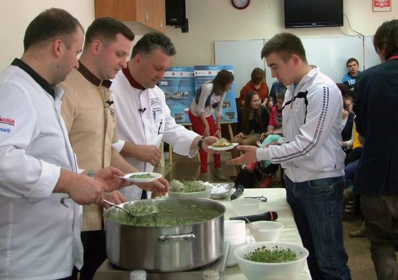 Mistrz kulinarny Robert Sowa gotował w Gronowie [zdjęcia]