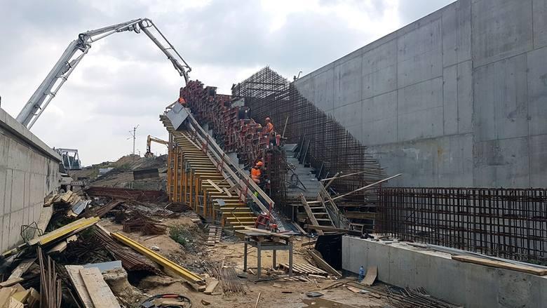 Kraków. Zobacz, jak powstaje przystanek kolejowy w Bronowicach