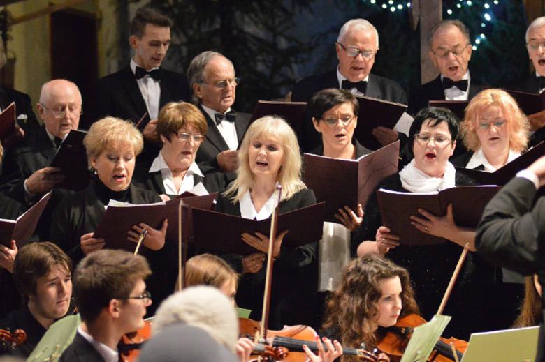Noworoczny koncert chóru Cantemus Domino i jego gości w kościele w Zielonej Górze (zdjęcia)