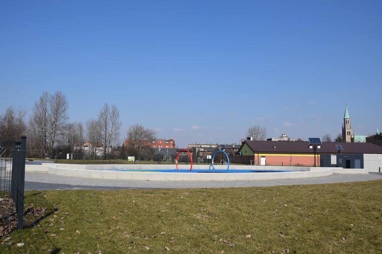 Zakończyła się budowa wodnego placu zabaw. Atrakcja otwarta zostanie wiosną tego -2021 - roku