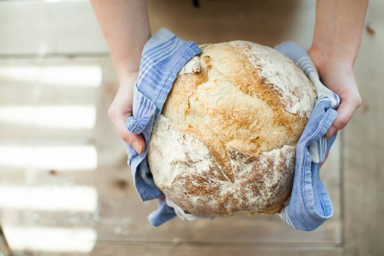 Zapytaliśmy naszych czytelników na Facebooku, gdzie można kupić najlepszy chleb we Wrocławiu. Zobacz co odpowiedzieli, sprawdź ranking najlepszych piekarni