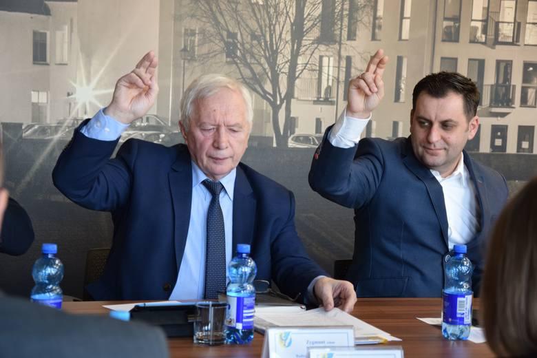 Sesja rady powiatu nowosolskiego, 22 lutego 2019 r.<br /> Zygmunt Muszyński<br /> Grzegorz Zwarycz