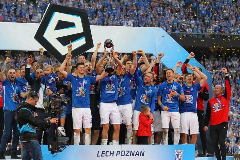 W ostatniej kolejce Lech Poznań grał u siebie z Wisłą Kraków. Lechitom wystarczył remis i właśnie takim wynikiem zakończyło się tamto spotkanie.Przypominamy