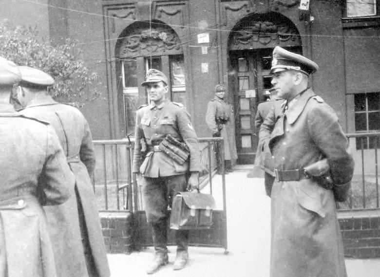Archiwalne zdjecia ze zdobycia Berlina - zdjecia zrobil Jewgienij Chaldej fotoreporter radzieckiej agencji TASS