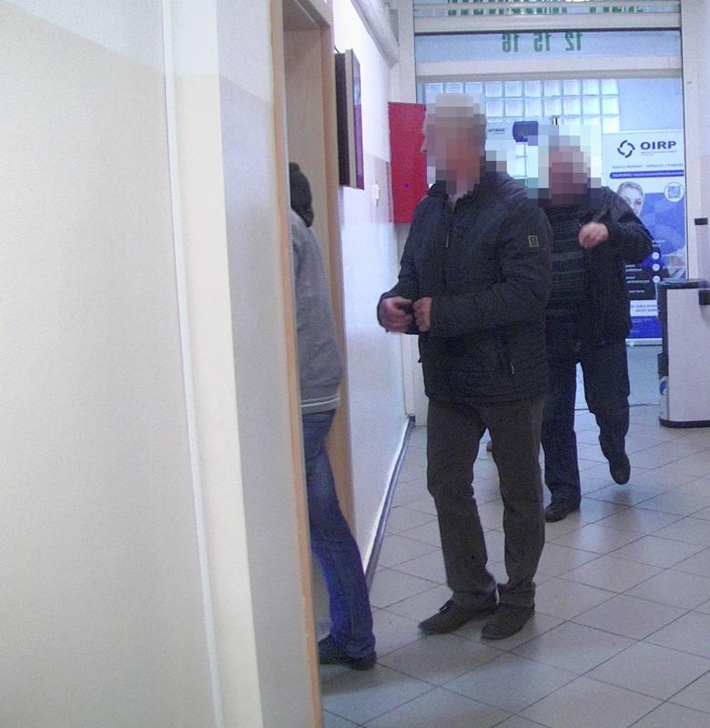 Stargard. Proces pracowników Agrofirmy Witkowo. Ponad dwie godziny sąd oglądał nagrania z okolic rzeźni
