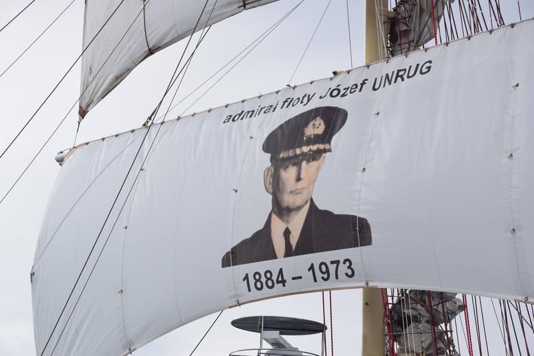 Niedzielne uroczystości pogrzebowe admirała floty Józefa Unruga