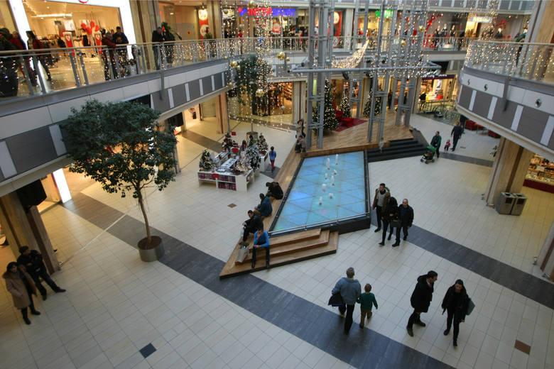 Wybieracie się w weekend na zakupy? Sprawdziliśmy dla Was, jakie atrakcje szykują dla klientów wrocławskie galerie handlowe. Najciekawiej zapowiadającym