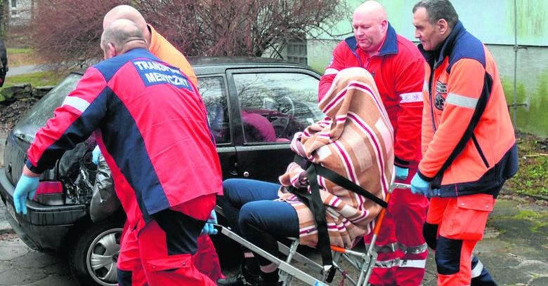 Szaleniec zabił 58-letniego pieszego na ul. Traktorowej. Kilka przecznic dalej porzucił  rozbite auto.