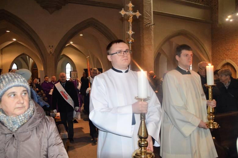Pogrzeb ks. dr. Alojzego Sitka. Msza św. w opolskiej katedrze.