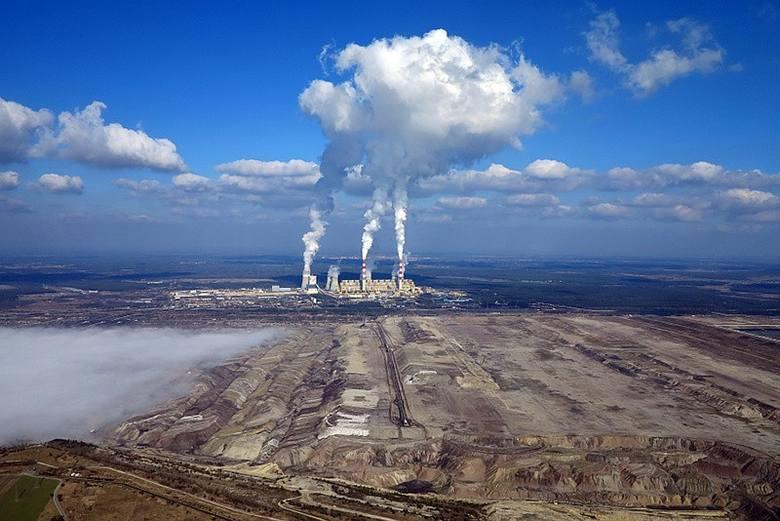Wiceminister środowiska Piotr Dziadzio w poniedziałek 19 sierpnia podczas obchodów Dnia Energetyki w Bełchatowie oświadczył, że dołoży wszelkich starań,