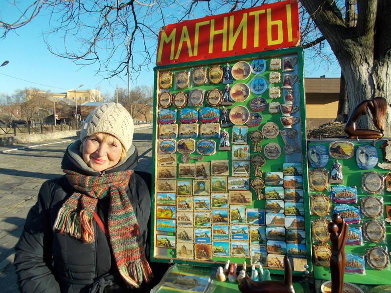 Jeliena sprzedaje pamiątki w fortecy u ujścia Dniestru. Właśnie tu około 500 lat temu Polska sięgała do brzegów Morza Czarnego
