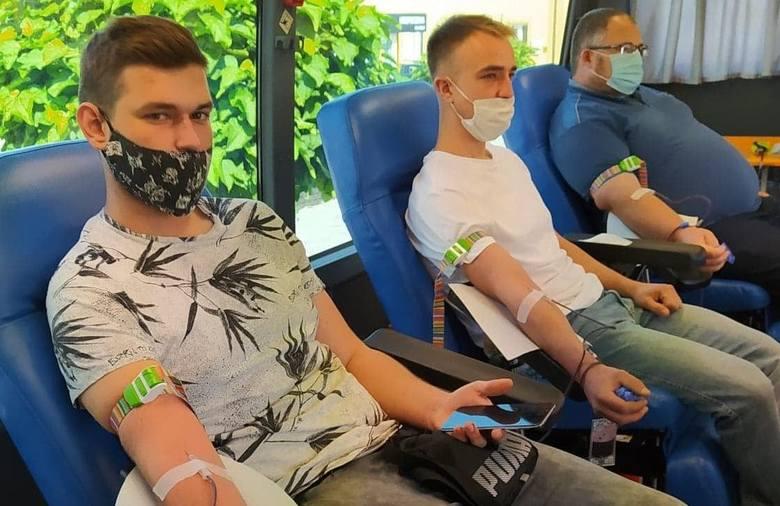 Kolejna udana zbiórka krwi w Lipsku za nami. W środę, 23 września, w centrum Lipska przez kilka godzin stał krwiobus Regionalnego Centrum Krwiodawstwa
