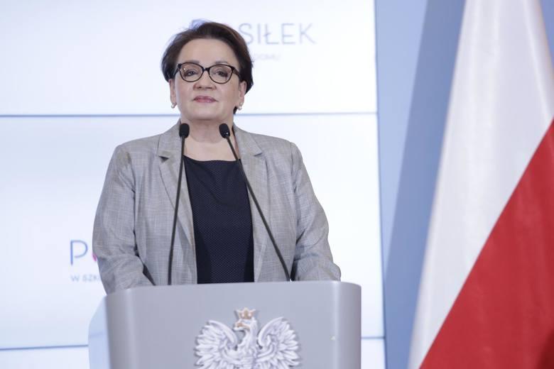 Anna Zalewska ma sporo kłopotów. Czy wyborcy pozwolą jej przed nimi uciec do Brukseli?