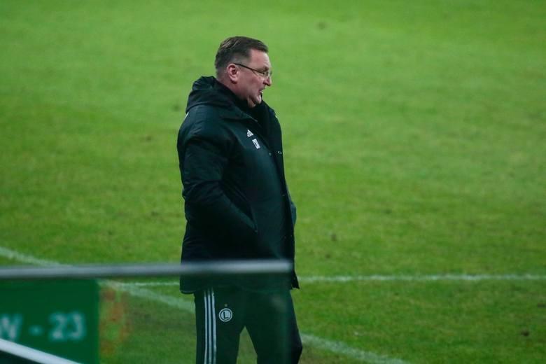 Do zmiany doszło we wrześniu. Michniewicz przyszedł z reprezentacji U21, Vuković odszedł z drużyny i do dzisiaj szuka nowego wyzwania.Vuković zdobył