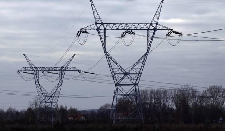 W najbliższych dniach mieszkańcy kilku miejscowości muszą być przygotowani na przerwy w dostawie energii elektrycznej. Gdzie zabraknie prądu? Sprawdźcie
