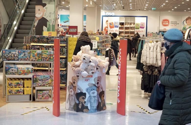 Do której otwarte sklepy w wielkanocną sobotę? Jak pracują sklepy w Wielką Sobotę? 3.04.21