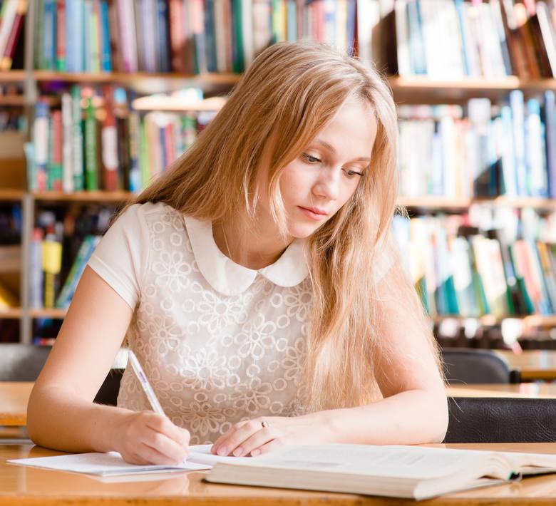 KonspektowanieTo forma robienia notatek - uporządkowanego i celowego notowania istotnych treści z przekazów pisemnych. Warto czytać ze zrozumieniem,
