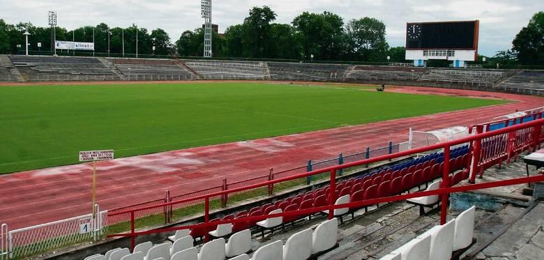 Pod względem stadionowej infrastruktury Polska należy do europejskiej czołówki. Ale nie zawsze tak było. Stadionowy boom w naszym kraju rozpoczął się