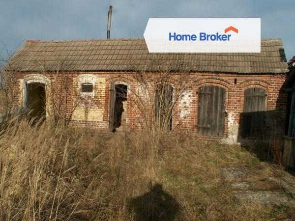 Wolno stojący dom w miejscowości Lubogoszcz, gmina Maszewo. Wideo: Małe mądrale. Odcinek 1