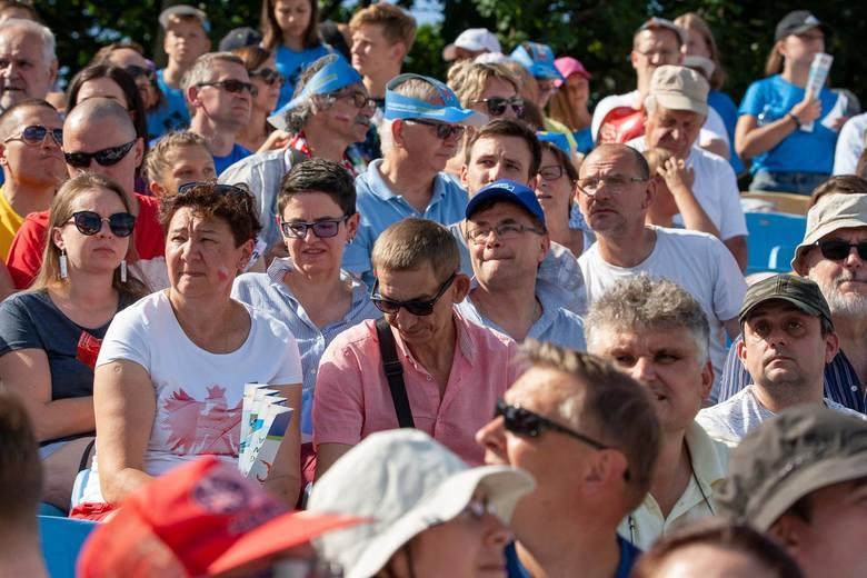 16 tysięcy widzów obserwowało trzeci, ostatni dzień drużynowych mistrzostw Europy w lekkiej atletyce. Głośny doping poniósł naszych zawodników do złotego