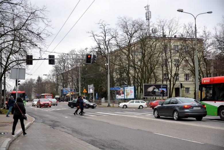 Władze miasta chcą, aby przebudowa Al. Racławickich i ulic Poniatowskiego oraz Lipowej zakończyła się do czerwca 2021 roku