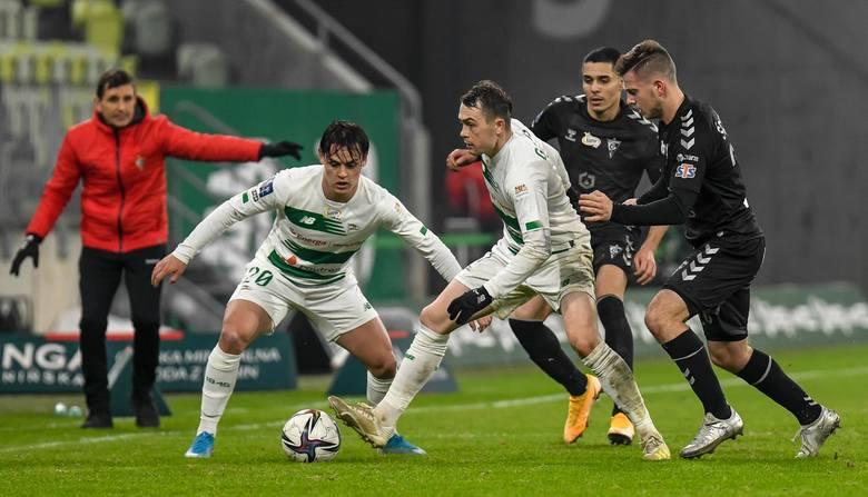 Kto najlepiej gra w 2021 roku? Sprawdźcie jak spisuje się Lechia Gdańsk. Sensacyjna czołówka tabeli PKO Ekstraklasy