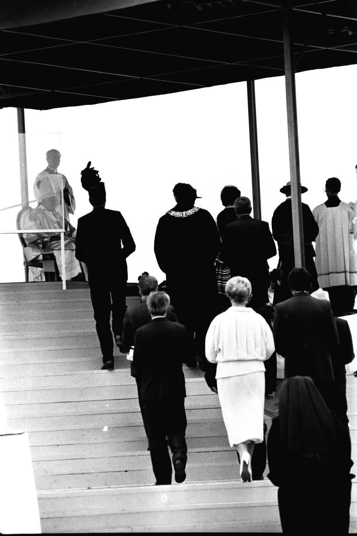 """Podczas mszy świętej na Czubach, święcenia kapłańskie przyjęło 50 księży. """"Macie oto podjąć tę samą służbę, jaką Chrystus przekazał apostołom w wieczerniku"""""""