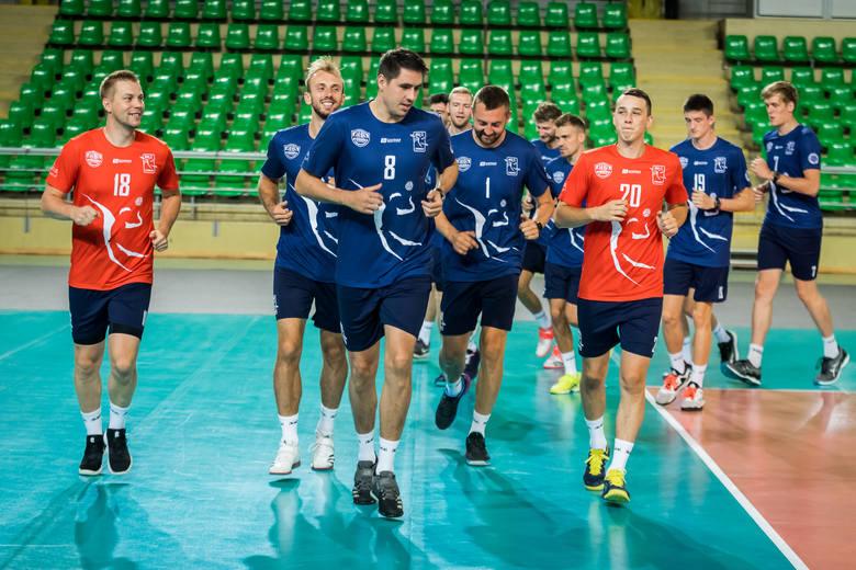 Siatkarze Chemika Bydgoszcz rozpoczęli przygotowania do nowego sezonu w Plus Lidze. Przed zawodnikami ponad dwa miesiące treningów i gra w czterech turniejach.