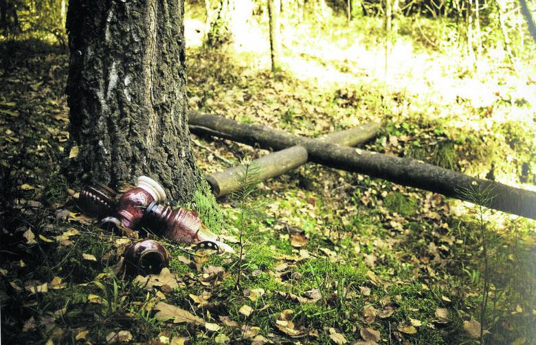 Las Solnicki - powojenne miejsce wykonywania zbrodni i potajemnych pochówków ofiar zbrodni komunistycznych. Mordowano tutaj i grzebano niewygodne dla bezpieki osoby.